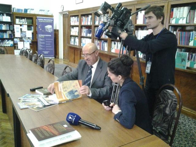 Alexandru Moraru in timpul filmarilor la Jurnal TV(octombrie 2014)