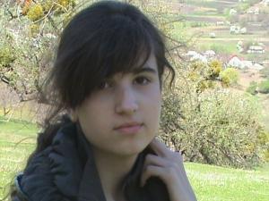 Superba Laura Moraru aprilie 2009 2